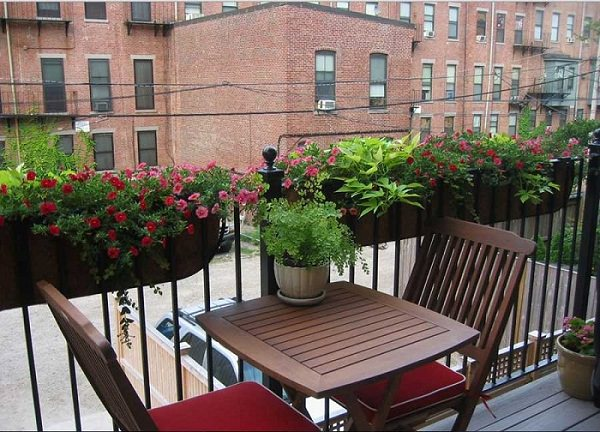 Balcony Garden Design Tips 2 Mini
