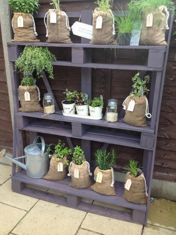 Charmant Pallet Rack With Herb