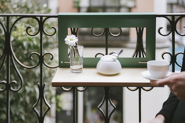 Balcony-table