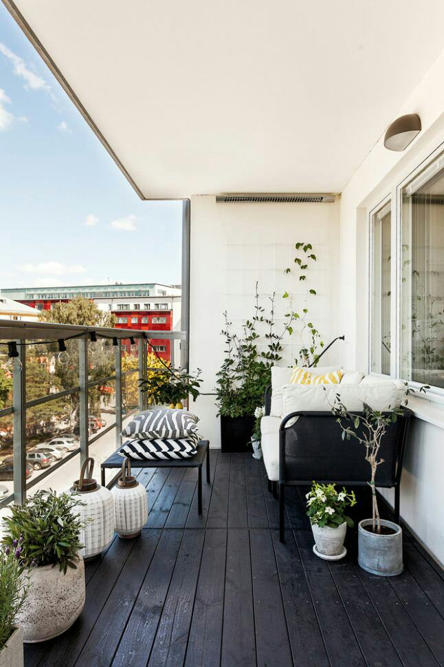 7 Balcony Interior Pictures For