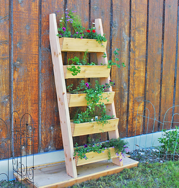 DIY Garden Furniture Ideas. 1. DIY Ladder Planter. Diy Ladder Planter