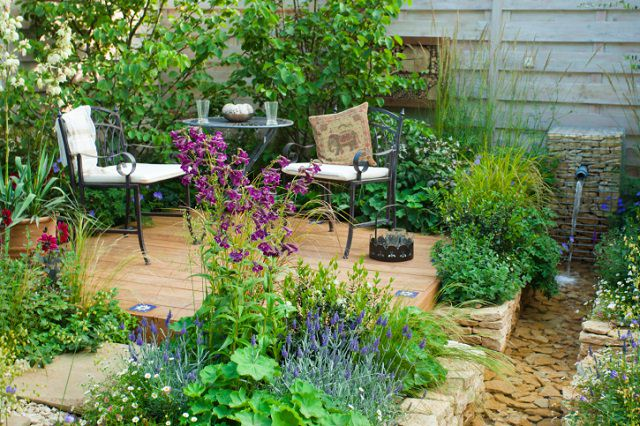 How To Create A Great Garden In Small Space Balcony Garden Web