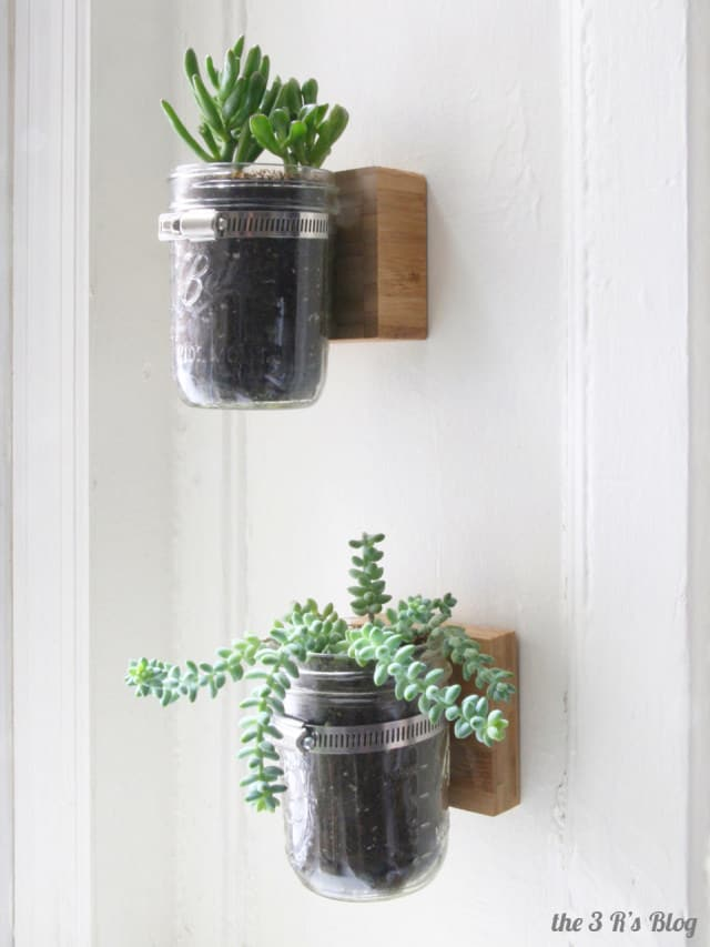 hanging-mason-jar-planter