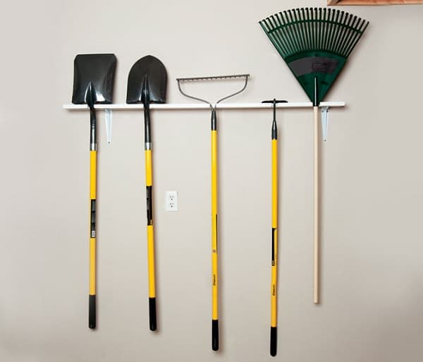 Instead Of Purchasing A New Garden Tool Rack You Can Build Your Own And Keep Neat Learn How To Do This Here