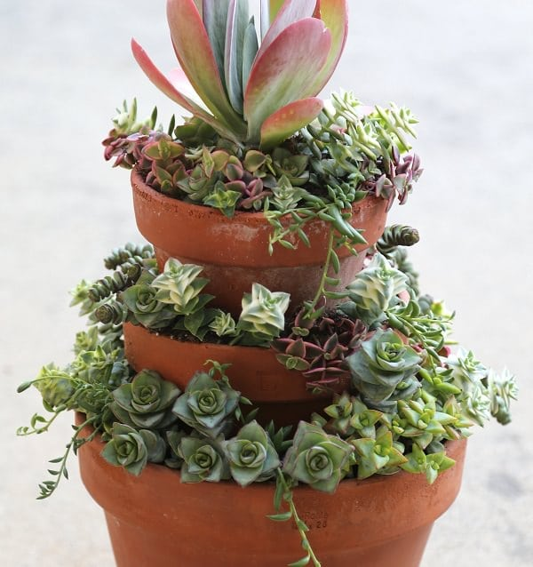 18 Diy Stacked Pot Ideas Balcony Garden Web