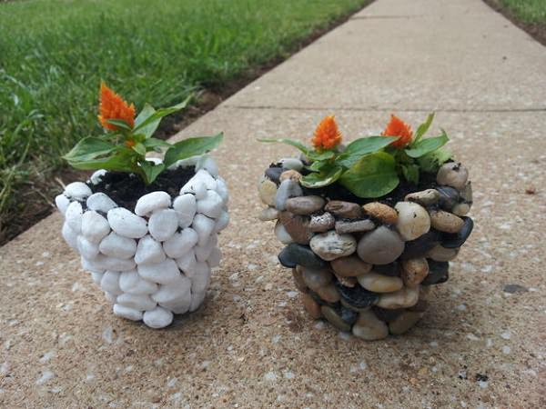 Stones DIY planters ideas