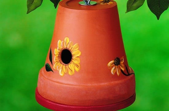 DIY Clay Pot Birdhouse