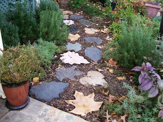 DIY Garden Walkway Ideas 14