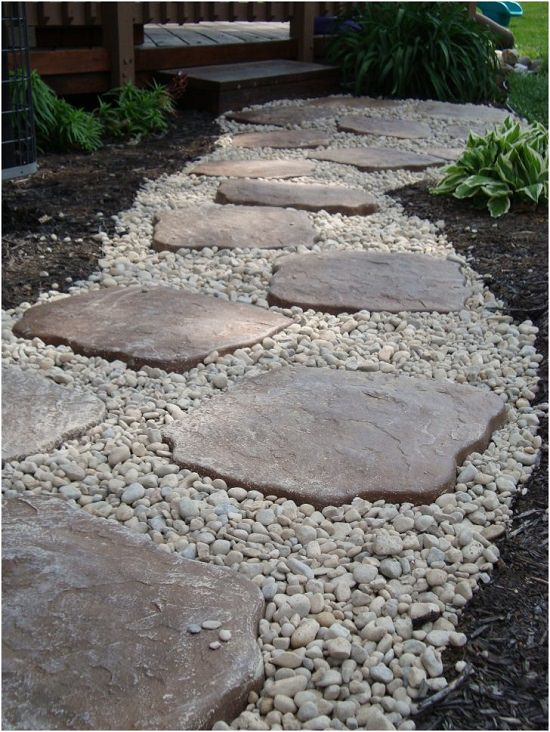 DIY Garden Walkway Ideas 15