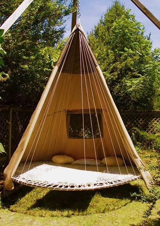 DIY Outdoor Bed Projects & Ideas 8