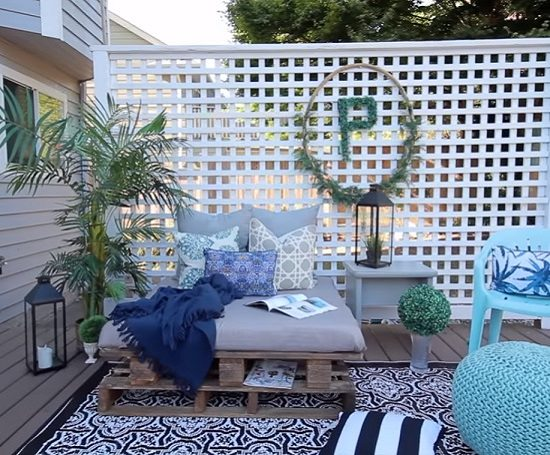 DIY Outdoor Bed Projects & Ideas 5
