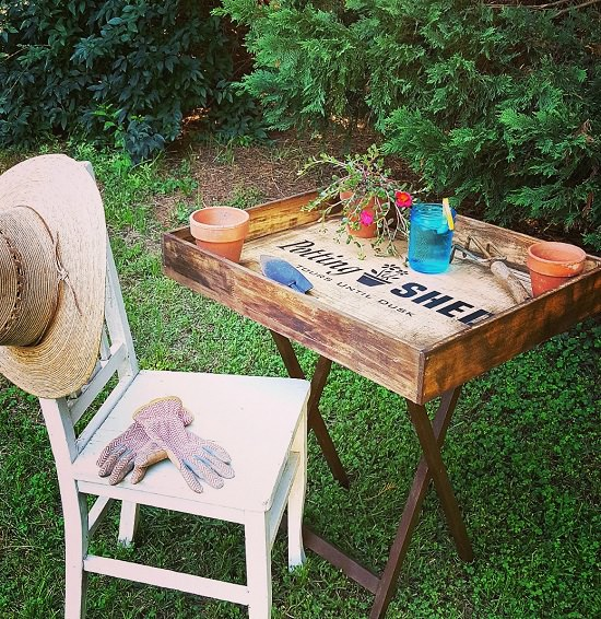 Create A Potting Bench For Your Garden If You Ve Got An Unused Folding Table And Dresser Drawer The Step By Tutorial Is Available Here To Follow