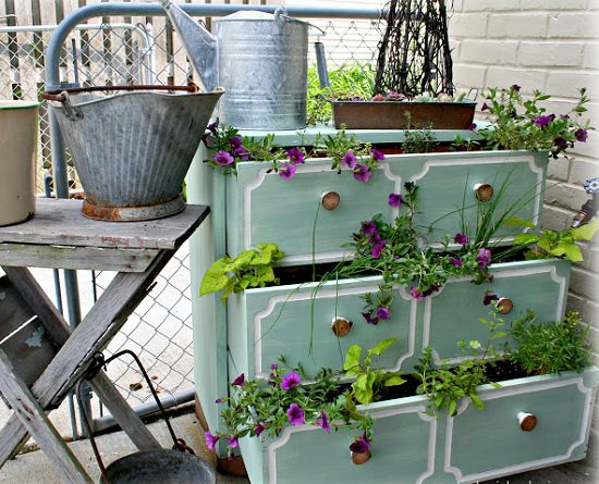 13 Neat Furniture Into DIY Planter Ideas For The Garden | Balcony Garden Web