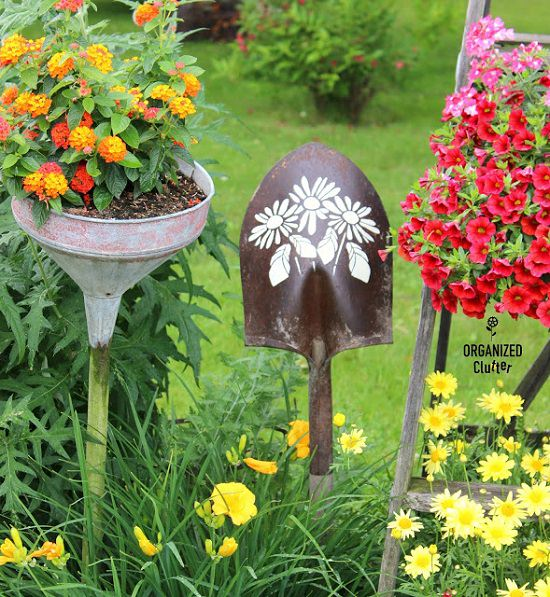Junk Garden Ideas 2018 Edition: 25 DIY Garden Projects Made Out Of Junk Items