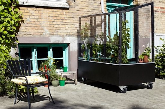 Moveable Urban Greenhouse