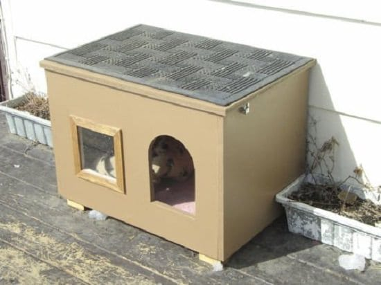 12 Diy Outdoor Cat House Ideas For Winters Diy Feral Cat Shelters