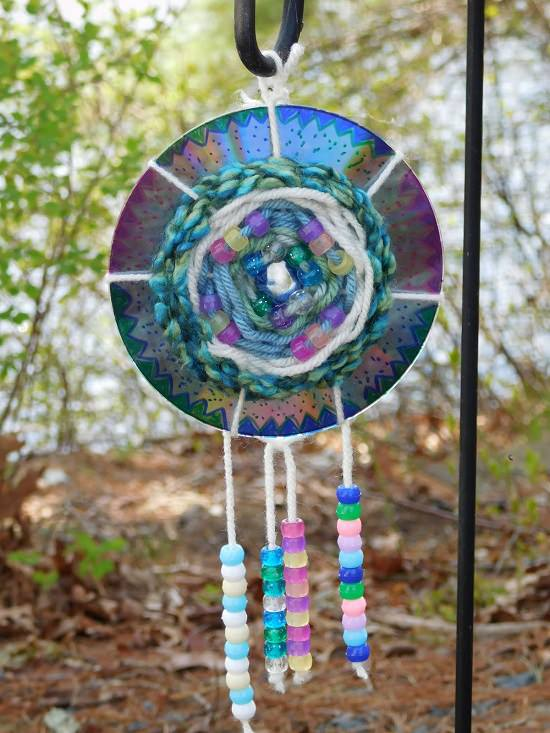 diy uses for old cds in the garden