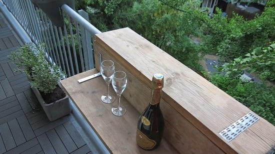 These DIY Balcony Bar Top Ideas are perfect if you want to enjoy a bar-like experience in your apartment balcony!