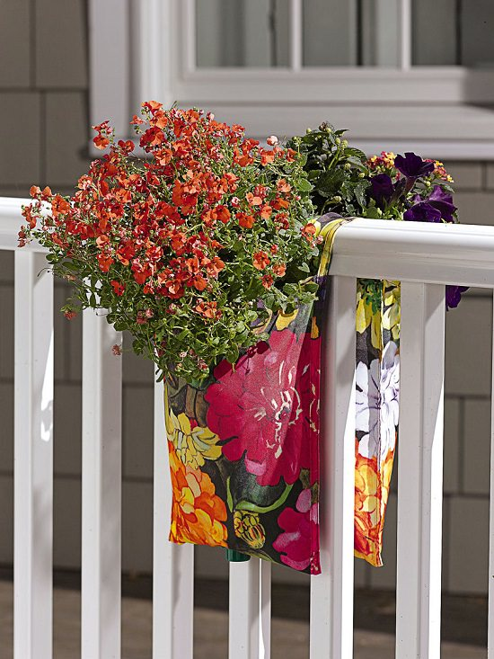 20 Diy Railing Planter Ideas For Balcony Gardeners