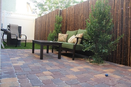 Here are the diversified and distinctive Privacy Fence Ideas for Backyard that are affordable and serves the purpose!
