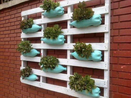 Pallet Bottle Planter Projects for Garden
