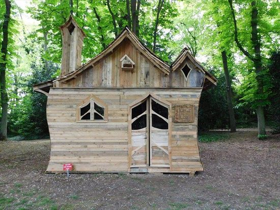 Funny Log Cabin