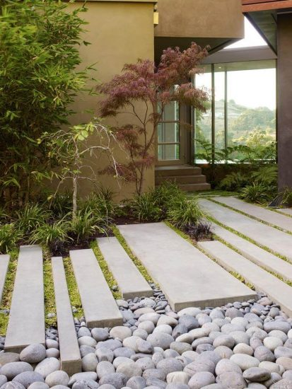 DIY Garden Walkway Ideas 22