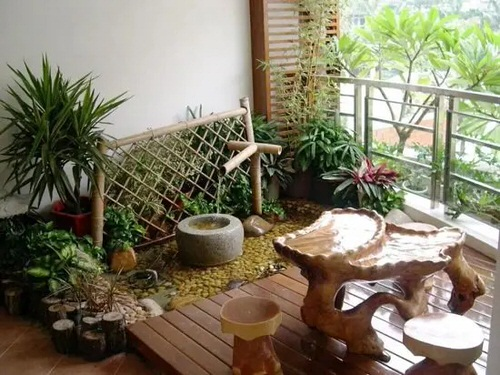 Peaceful Balcony Garden Pictures 3