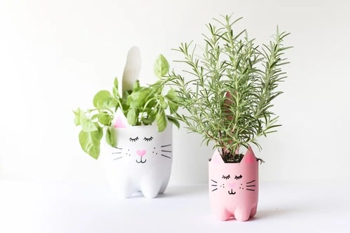 Impossibly Cute DIYs You Can Make With Things From Your Recycling Bin 7