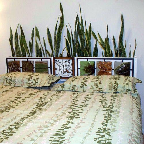 Plant Headboard Ideas for Ultimate Houseplant Lovers