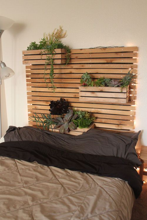 Plant Headboard Ideas for Ultimate Houseplant Lovers 5