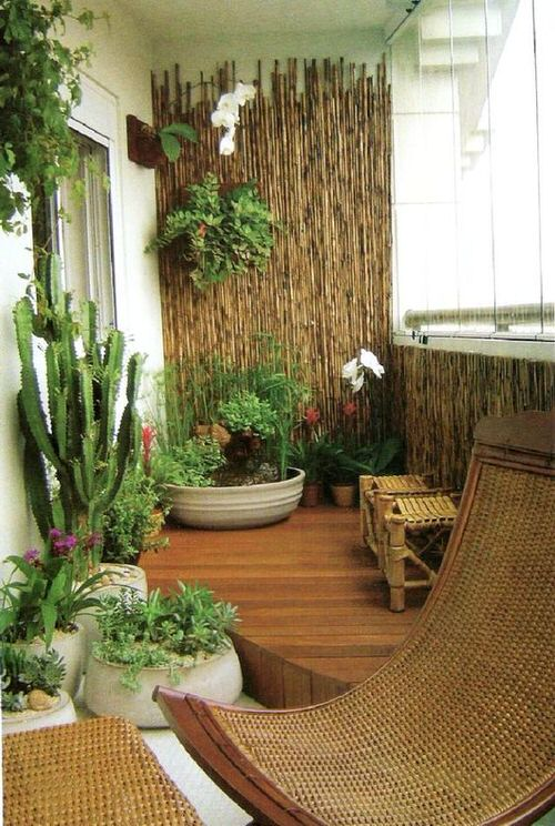 The Best Decorated Small Outdoor Balconies on Pinterest 6