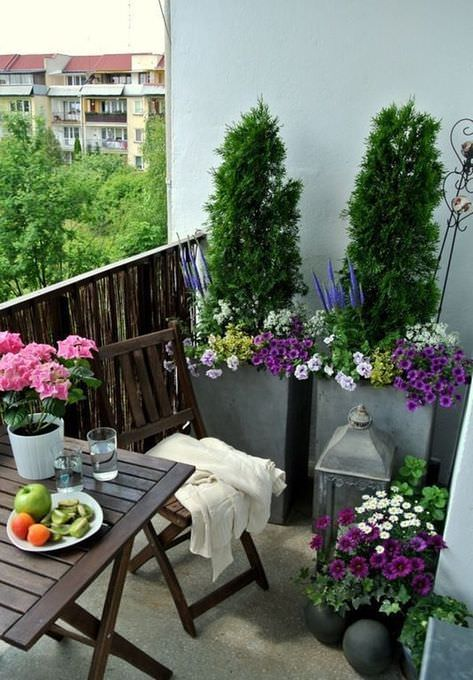 The Best Decorated Small Outdoor Balconies on Pinterest 12