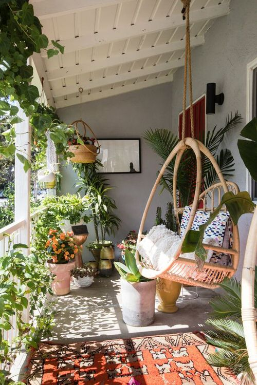 The Best Decorated Small Outdoor Balconies on Pinterest 2