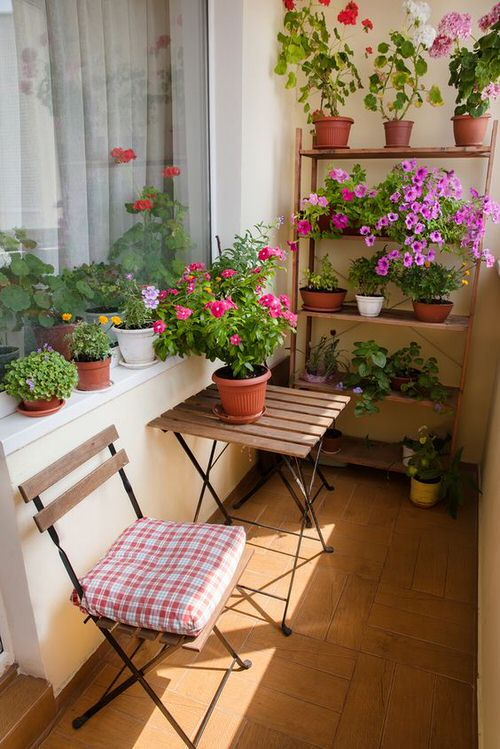 The Best Decorated Small Outdoor Balconies on Pinterest 3