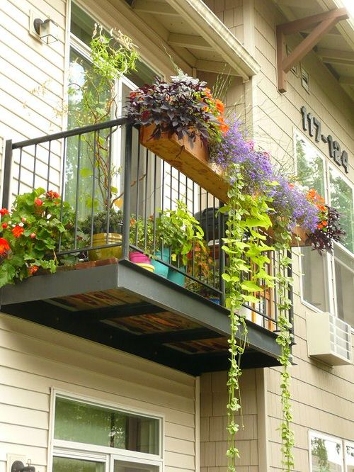 The Best Decorated Small Outdoor Balconies on Pinterest 5