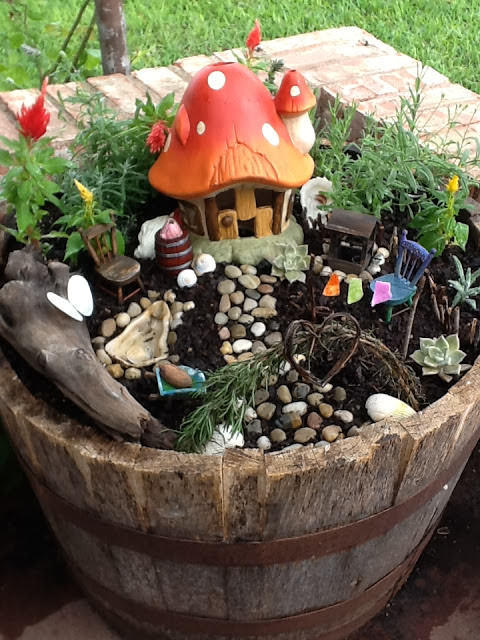 DIY Miniature Fairy Garden Ideas 21