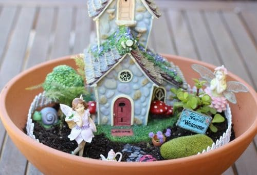 DIY Miniature Fairy Garden Ideas 22