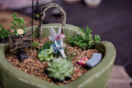 DIY Miniature Fairy Garden Ideas 28