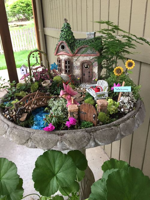 DIY Miniature Fairy Garden Ideas 40
