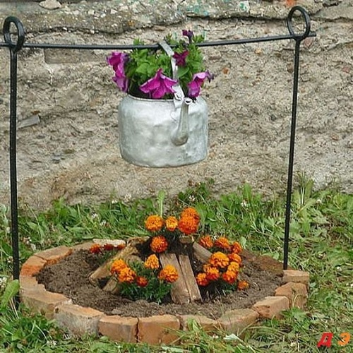 Insanely Instant Ideas to Decorate Your Garden 30