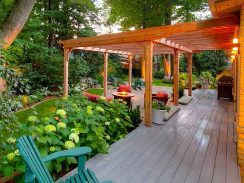 Landscaping Ideas for Long and Narrow Gardens