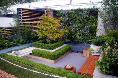 Landscaping Ideas for Long and Narrow Gardens 4