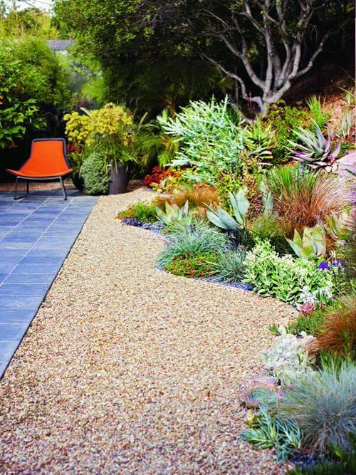 Amazing Flower Bed Ideas for Your Home Garden 7